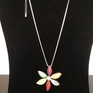Flower Necklace with Bling Add this to your bundle